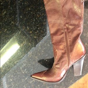 BCBG Brown Leather Boots Size 8 Great Condition!